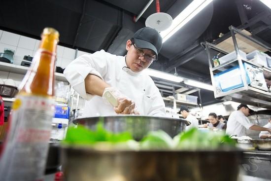 經過主廚詹昇霖重新詮釋,提昇素食的美味與味覺層次感