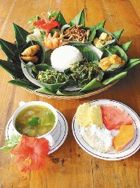 改成素食的峇里島皇室套餐,一樣色香味俱全。